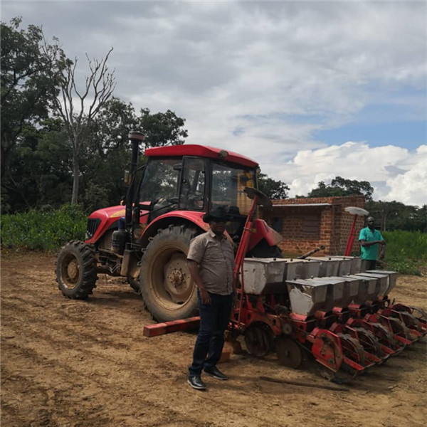 FM1304 tractor with seeder in RD Congo
