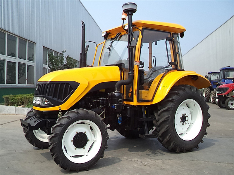 FM754 tractor-1