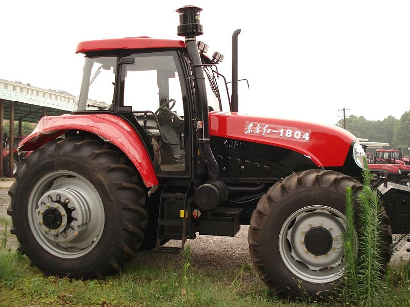 YTO LX2004 Tractor