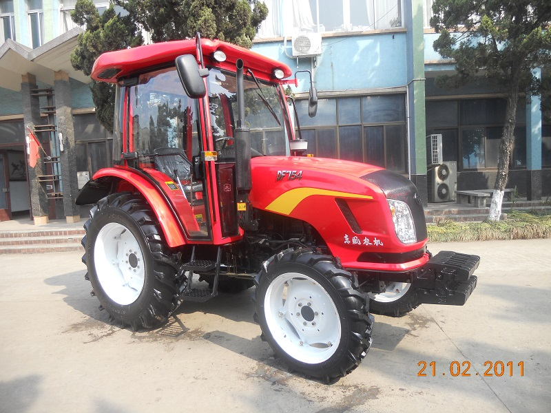 DF754 Tractor